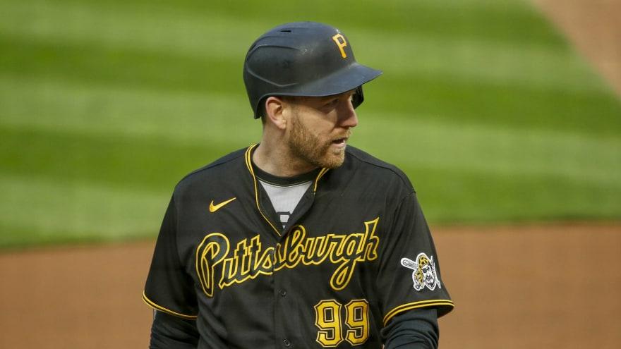Pirates designate veteran Todd Frazier for assignment