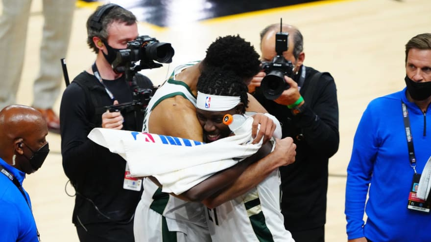 Jrue Holiday, Giannis team up on play that clinches Game 5