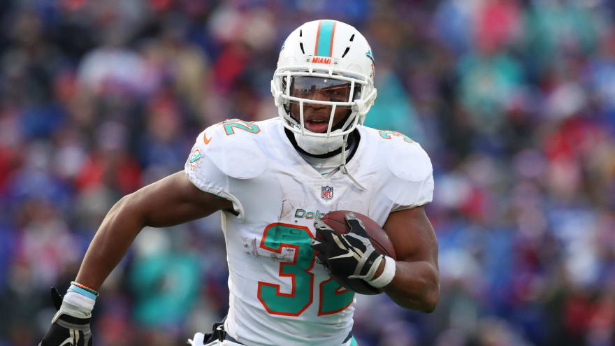 Kenyan Drake traded from Dolphins to Cardinals for draft pick