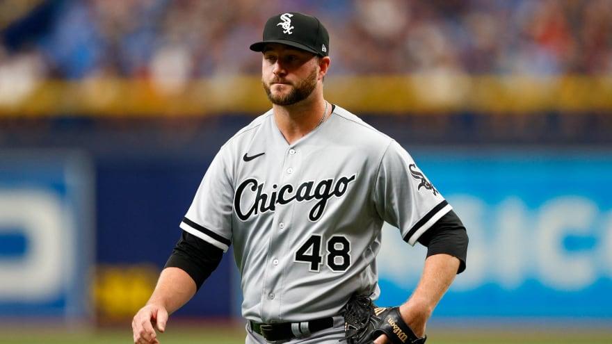 MLB suspends White Sox righty Mike Wright, skipper Tony La Russa