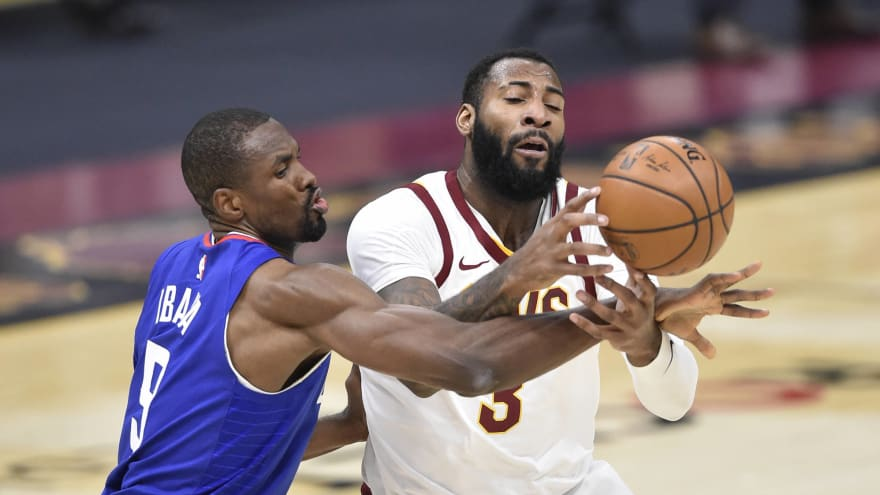 Andre Drummond to start in Lakers debut vs. Bucks