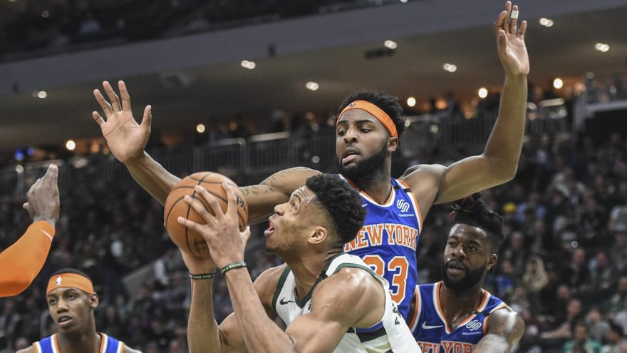 Knicks' Mitchell Robinson OK with coming off the bench