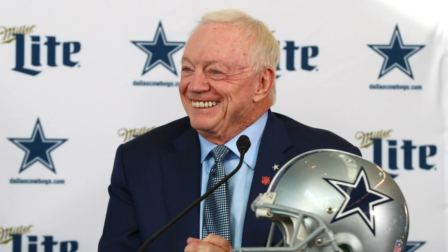Cowboys remain world's most valuable sports franchise at $5.7B