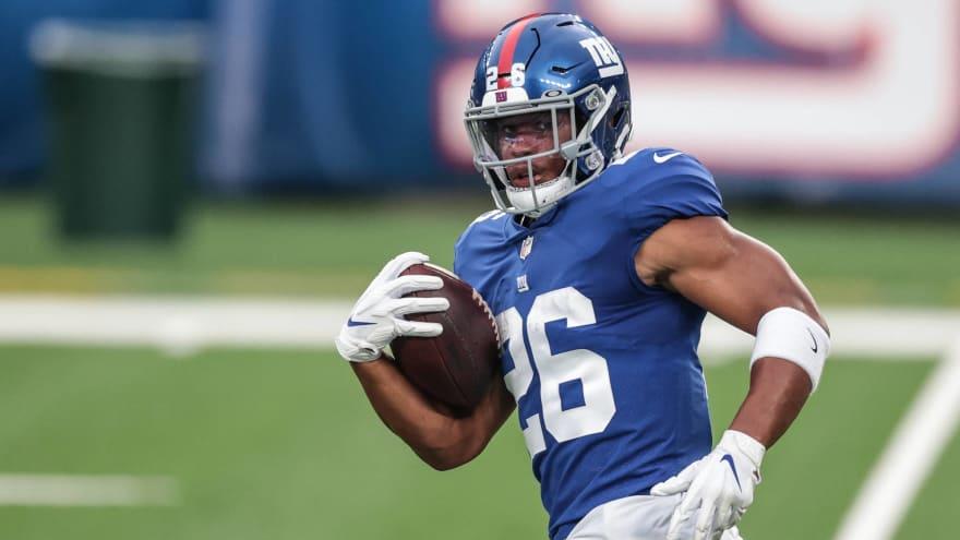 Giants thinking 'long term,' won't rush Saquon Barkley back