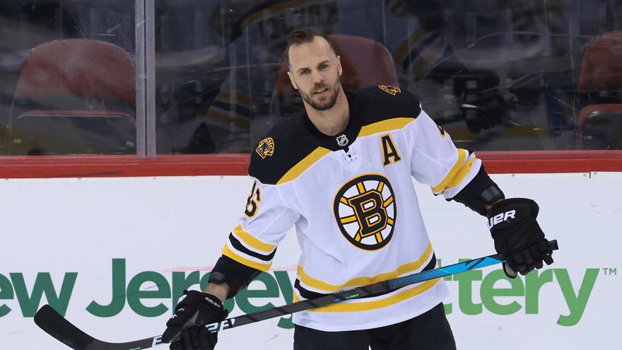 Bruins forward David Krejci fined $5K for slashing Islanders' Mathew Barzal