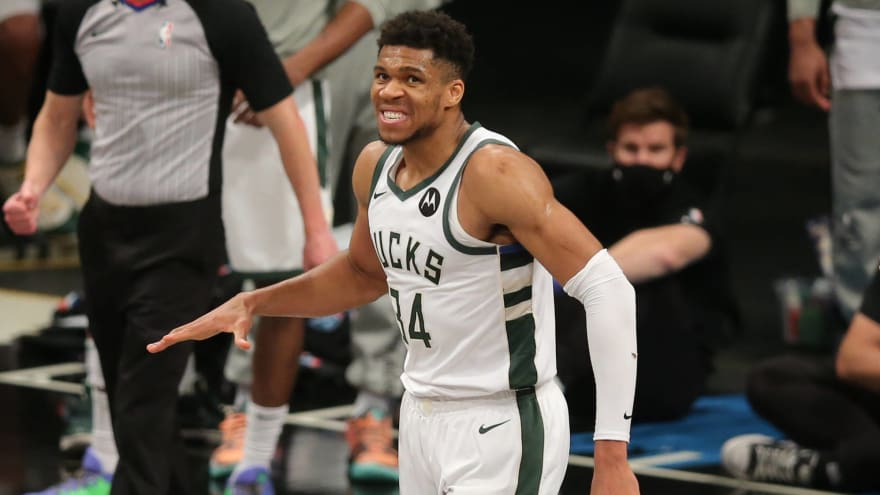Giannis Antetokounmpo pays Durant ultimate compliment