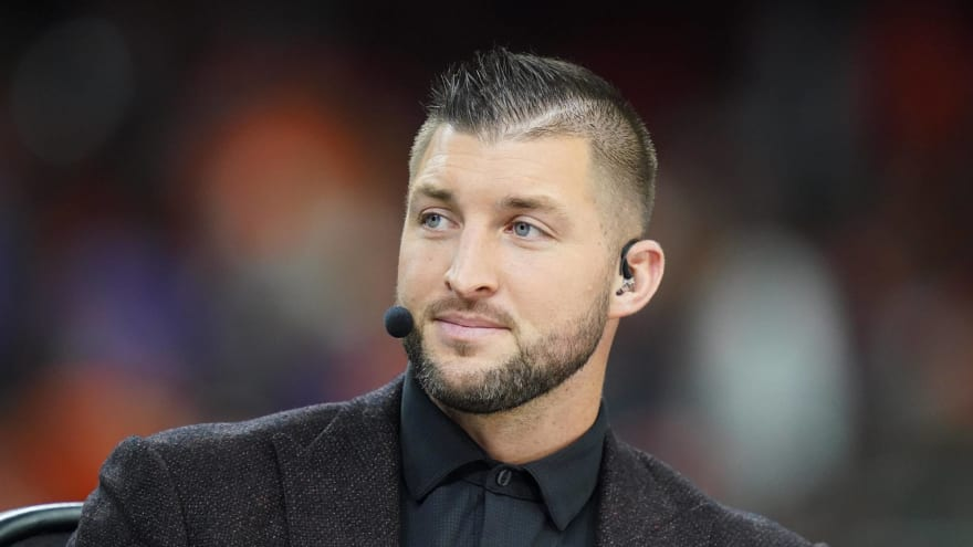 NFL front offices think Tim Tebow signing 'is a gimmick'