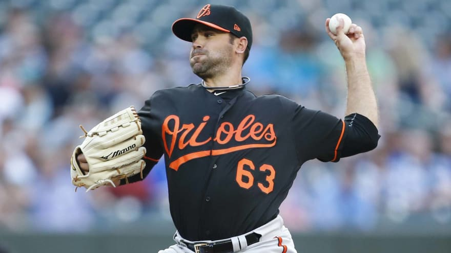 Rays select contract of former first-round pick Sean Gilmartin