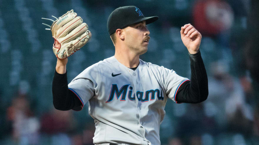 Marlins call up LHP Daniel Castano to start against Brewers