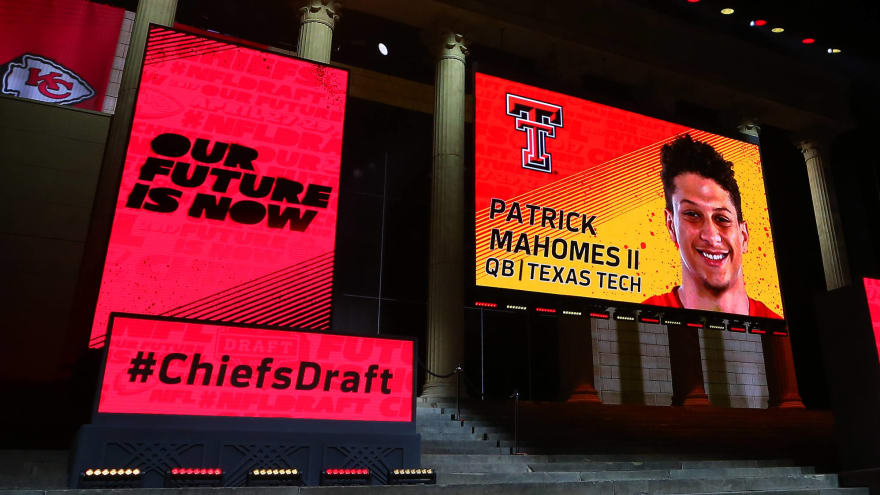 The best draft in the history of every NFL franchise