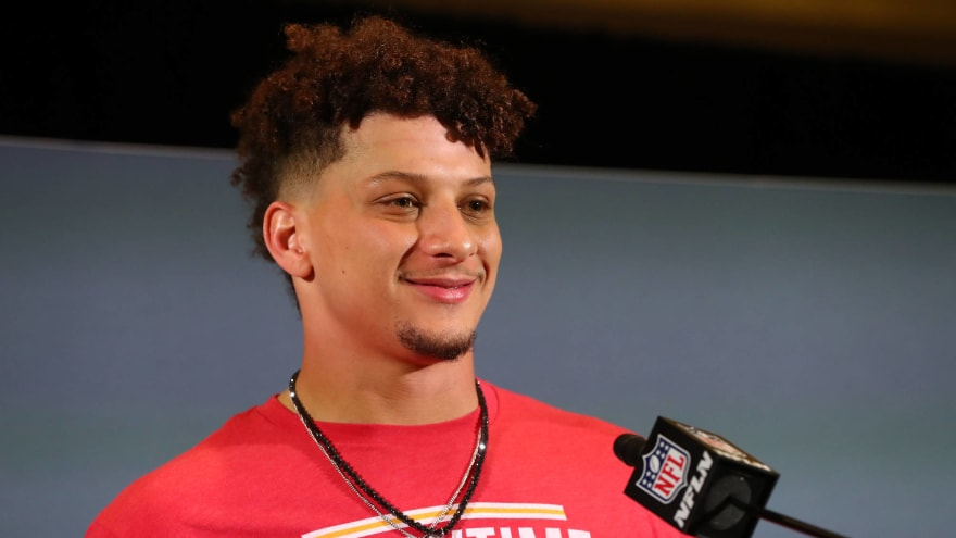 Liquor store worker had Patrick Mahomes contract scoop before anyone
