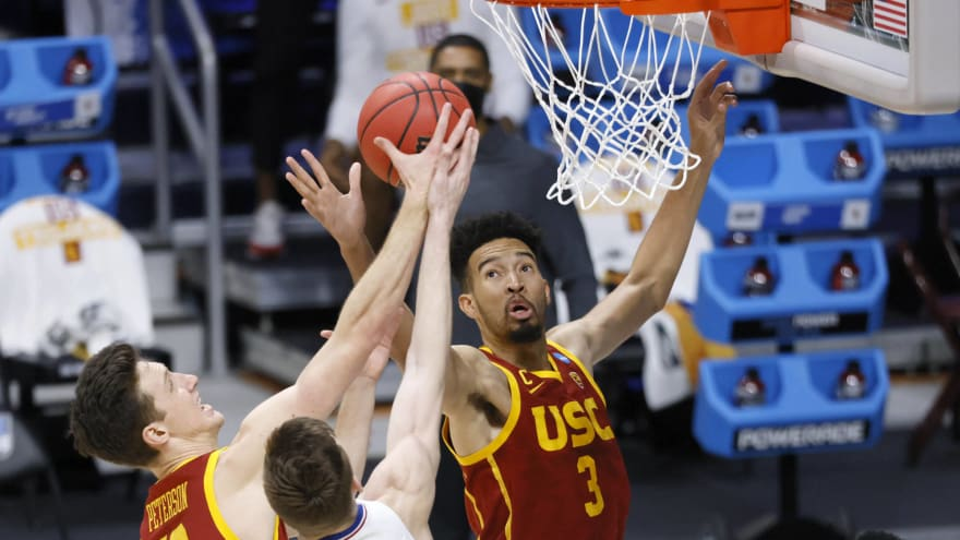 Pac-12 thrives, Big Ten and Big 12 bomb out in NCAA Tournament