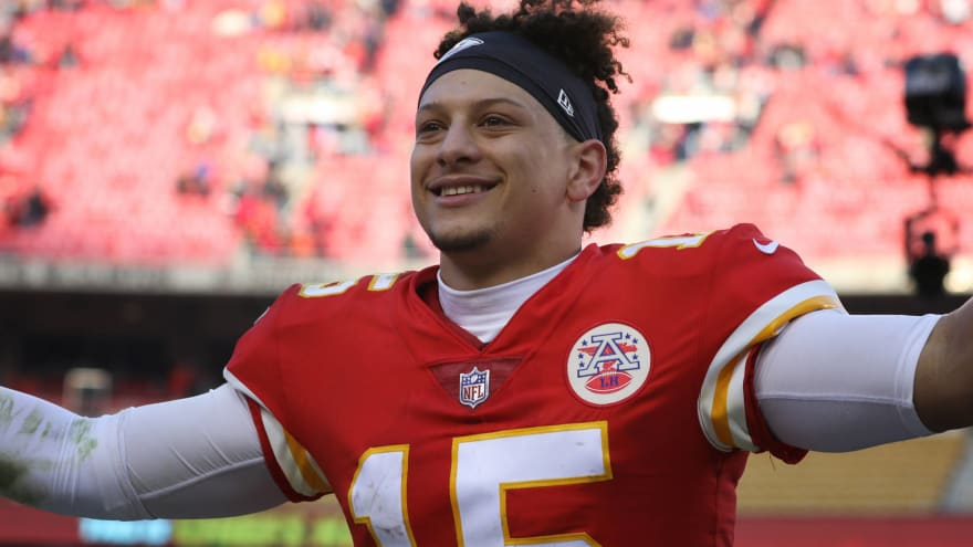 The best NFL player from every year