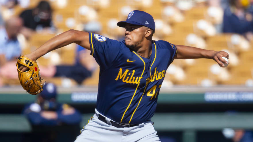 Brewers' Angel Perdomo unable to appear in game due to clerical error