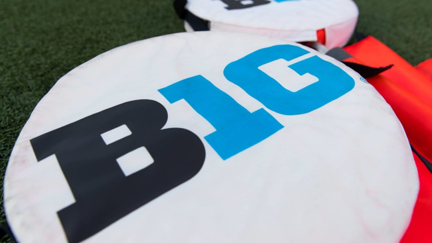 Big Ten opens spring events to percentages of fans