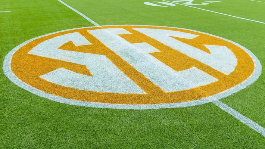 SEC moves to 10-game, conference-only football schedule