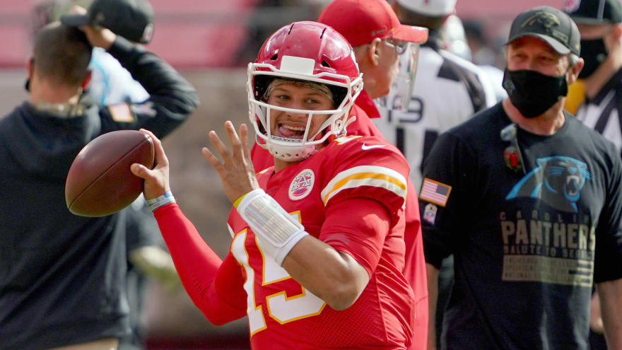 Chiefs' Mahomes expects 'no restrictions' coming off surgery