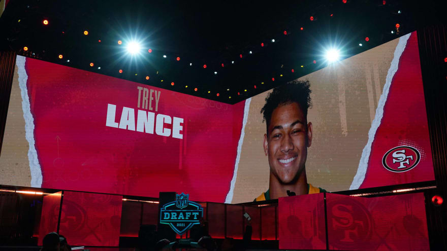 49ers could sit Lance behind Garoppolo for multiple seasons?