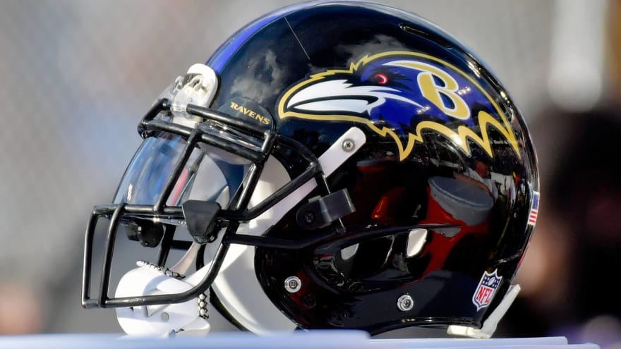 Report: Military official advised Ravens against signing Colin Kaepernick in 2017