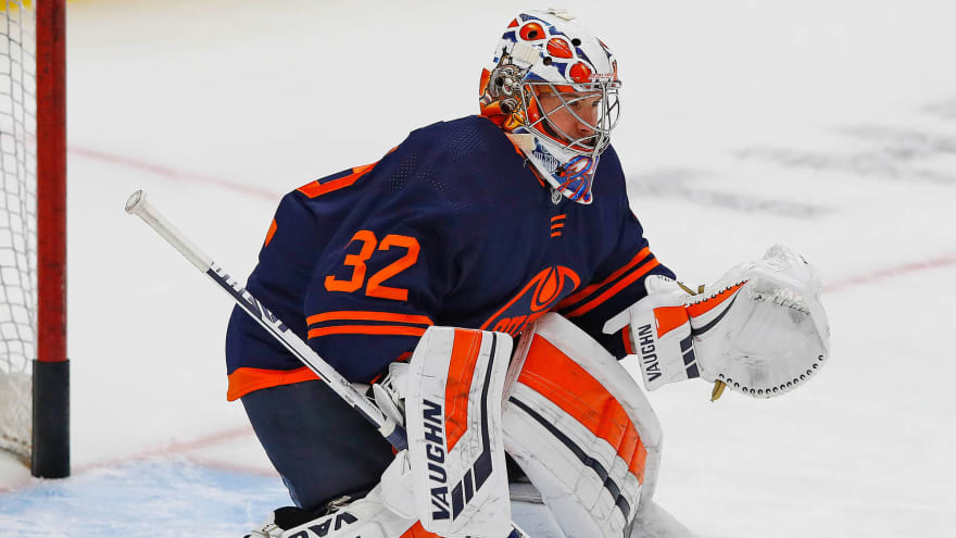 Oilers G Alex Stalock not expected to play this season
