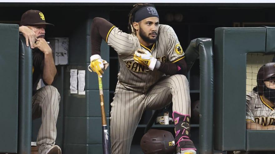 Watch: Fernando Tatis Jr. hilariously does splits dodging pitch