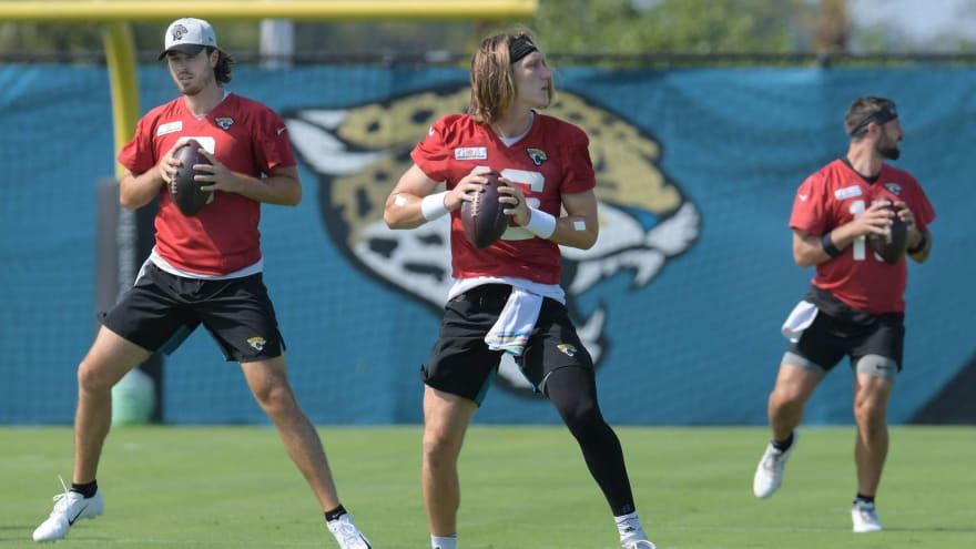 Jags to hold QB competition, Lawrence not assured staring job