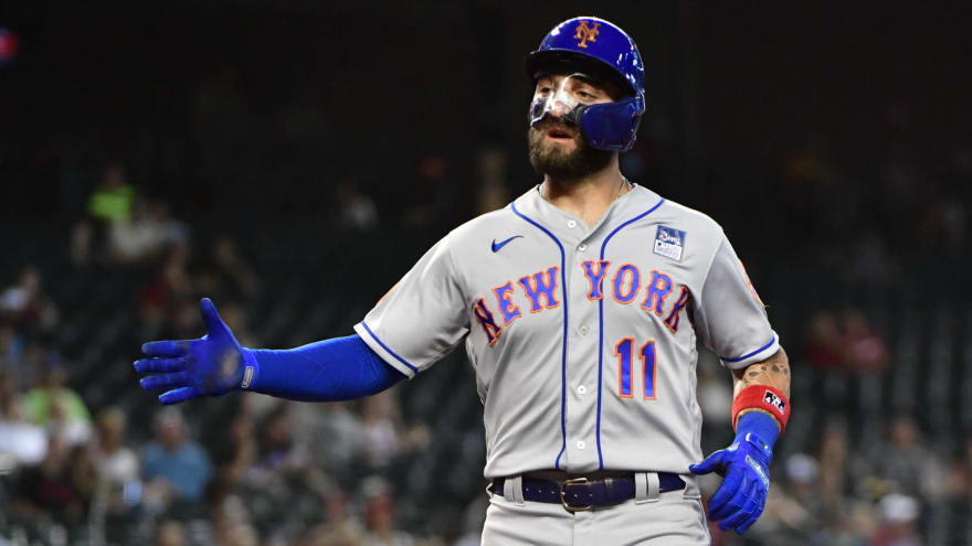 Mets' Kevin Pillar switches from clear mask to black