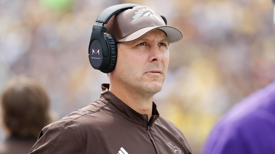 Western Michigan HC Tim Lester tests positive for COVID-19