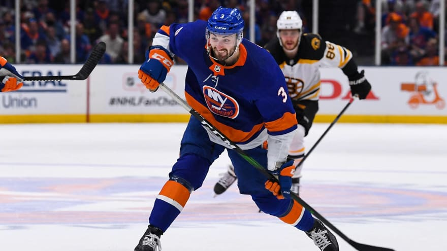 Islanders sign D Adam Pelech to eight-year, $46M contract