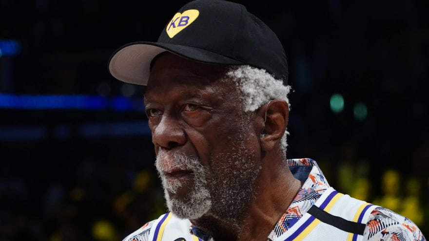 Bill Russell receives COVID-19 vaccine