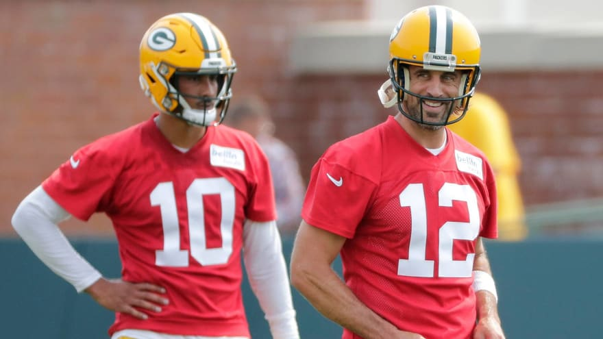 Rodgers says he looped in Love while contemplating future