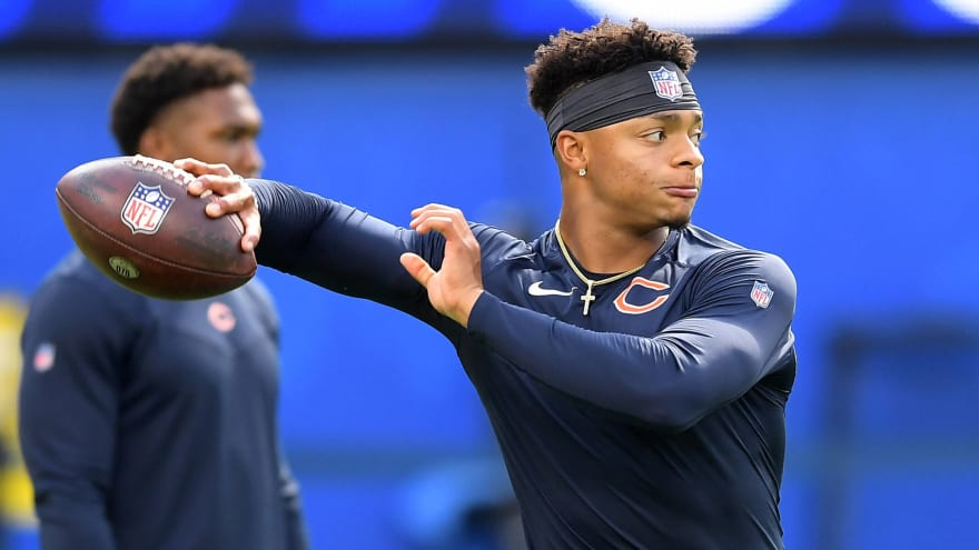 Report: Justin Fields could make several starts for Bears