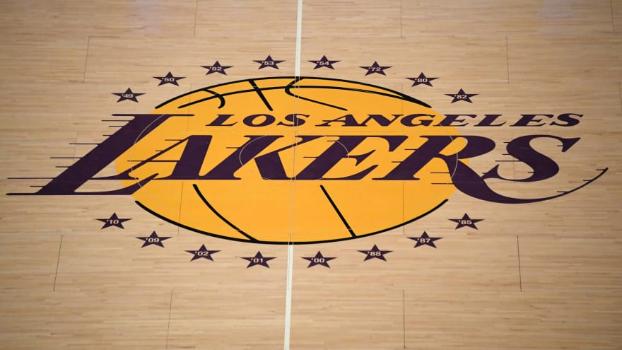 Lakers reportedly searching for new head trainer after injury-riddled season