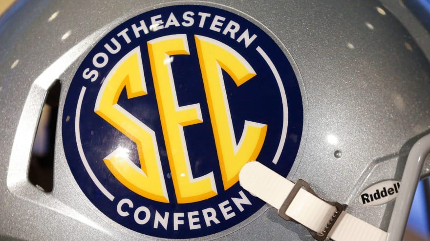 SEC could expand to nine-game slate with Texas, Oklahoma?