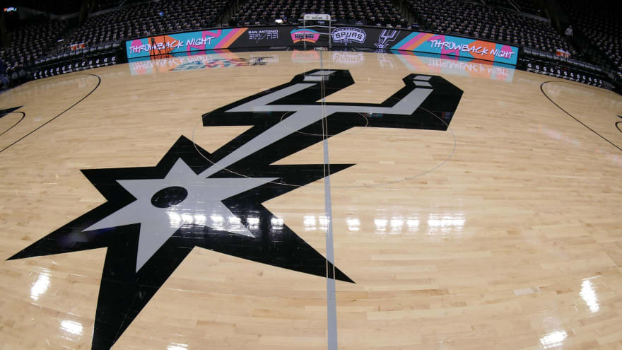 NBA fines Spurs $25K for violating ]player resting policy
