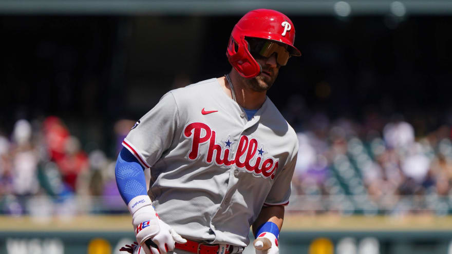 Phillies' Bryce Harper out vs. Mets; Didi Gregorius on COVID-19 list