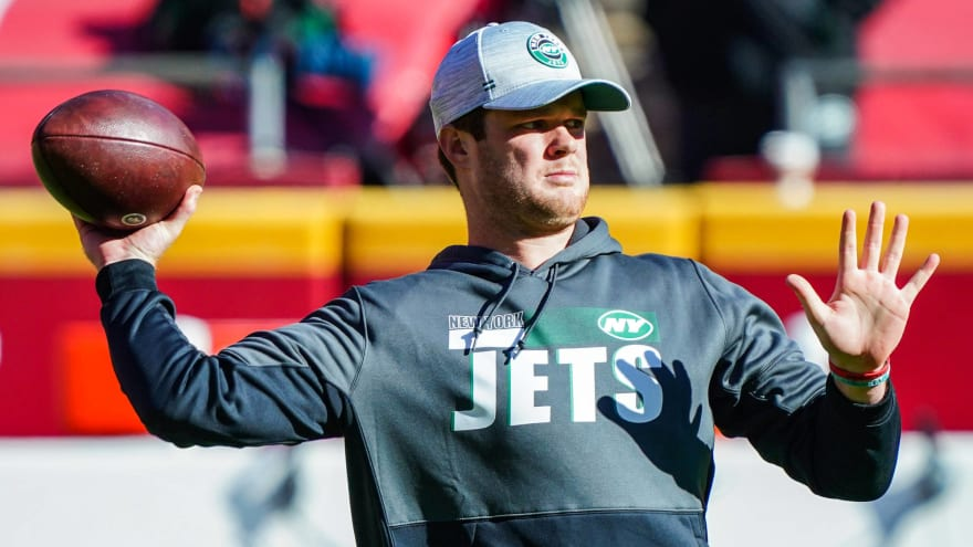 Eight teams in contact with Jets about trade for Sam Darnold