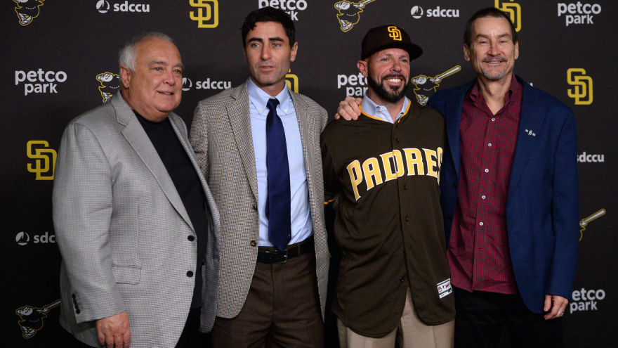 Fowler steps down as Padres chairman, Seidler to take over
