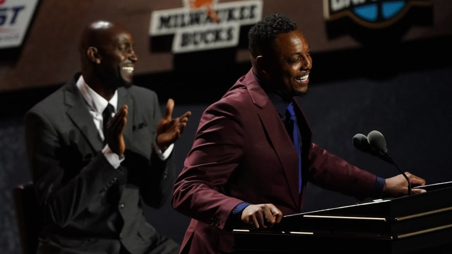 Did Kevin Garnett, Ray Allen sit together at Paul Pierce's HOF ceremony?