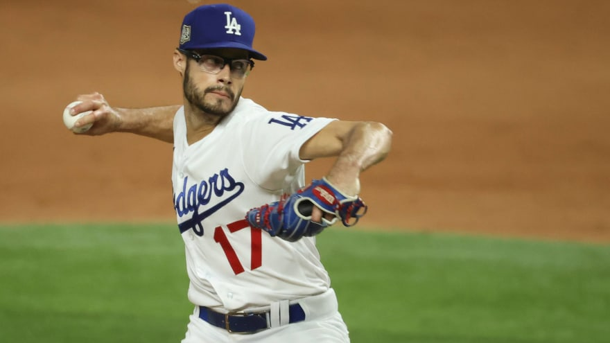 Dodgers activate Joe Kelly, place Scott Alexander on 10-day IL
