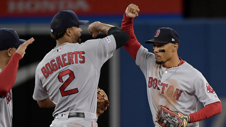 Xander Bogaerts wants to recruit Mookie Betts back to Red Sox
