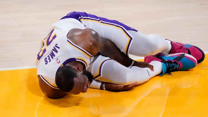 LeBron James expected to miss several weeks