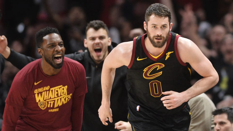Kevin Love signs four-year extension with Cavs