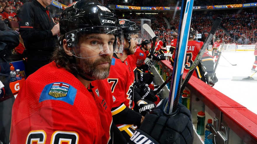Every NHL player to play in his 40s
