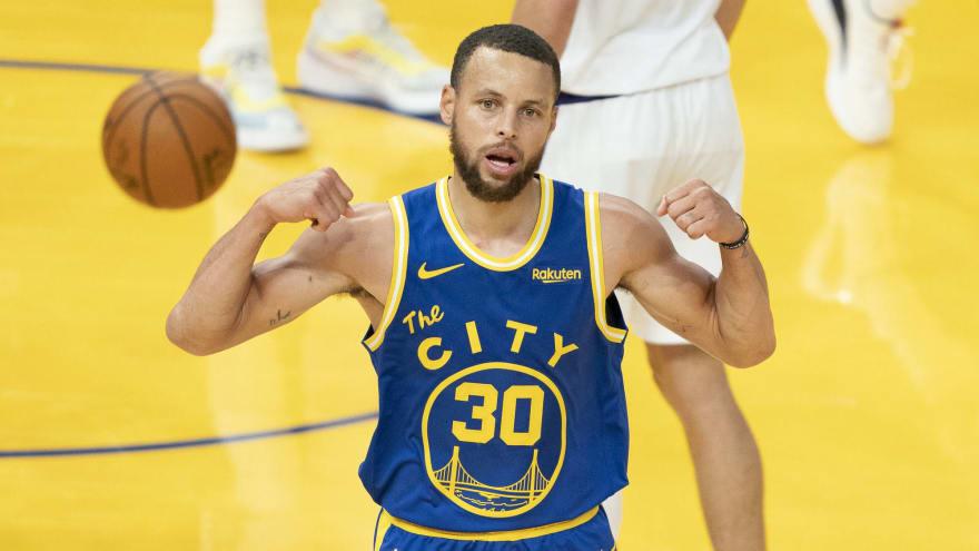Stephen Curry wins NBA scoring title