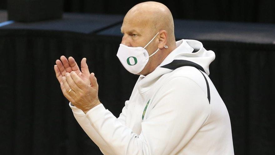 Kelly Graves breaks down Ducks' commanding win over South Dakota