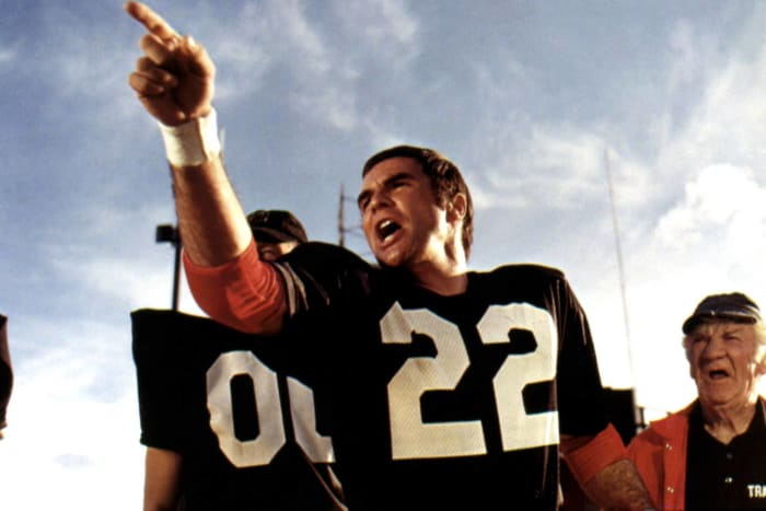 """Inmates vs. Guards -- ""The Longest Yard"" (1974)"