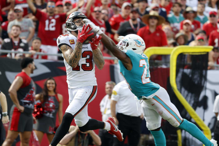 Dolphins' corners come up woefully short