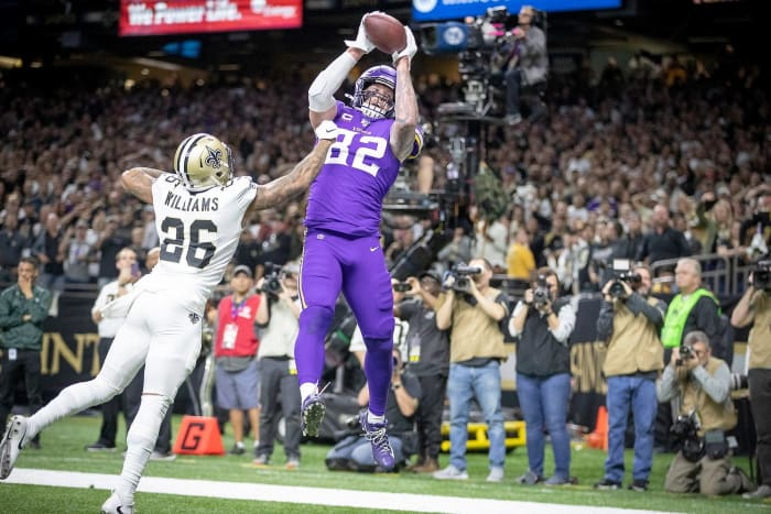 Vikings stun Saints in NFC Playoffs