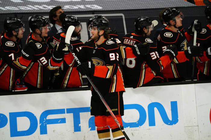 Forward: Alexander Volkov, Forward (Anaheim Ducks)